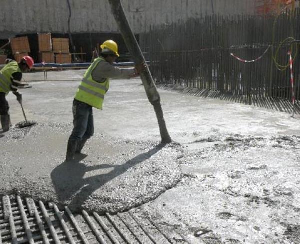 """""""المواصفات"""": 4 أخطاء شائعة عند استخدام الخرسانة الجاهزة في البناء"""
