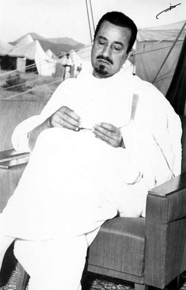 الملك خالد بن عبدالعزيز: