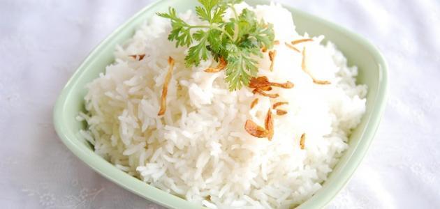 تناول الأرز