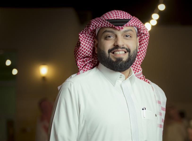 الناشط في مواقع التواصل الاجتماعي منصور الرقيبة