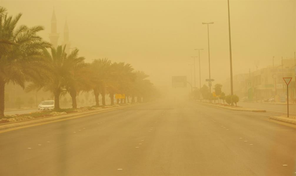 غبار وأتربة على الرياض ومكة والمدينة