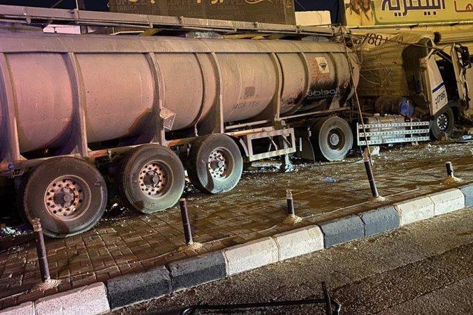 شاحنة محملة بمواد كيميائية
