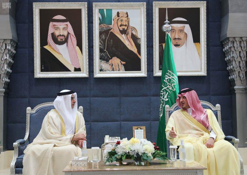 نائب رئيس مجلس الوزراء وزير الداخلية بدولة الإمارات العربية المتحدة يصل إلى جدة