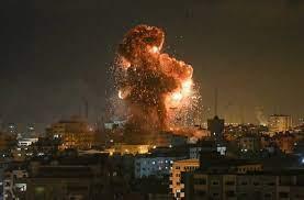 طيران الاحتلال يستهدف عددا من المواقع في قطاع غزة