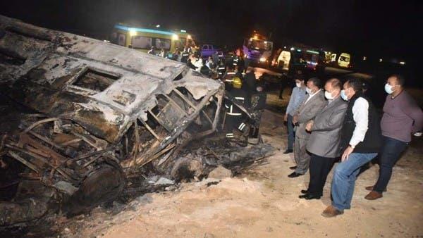 مصري ينقذ ابنه بإلقائه من حافلة مشتعلة ... ومات!