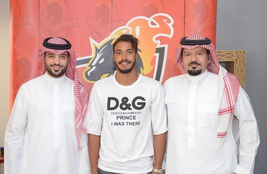 الوحدة يعلن عن التوقيع مع لاعب الاتحاد السابق عبدالرحمن الريو