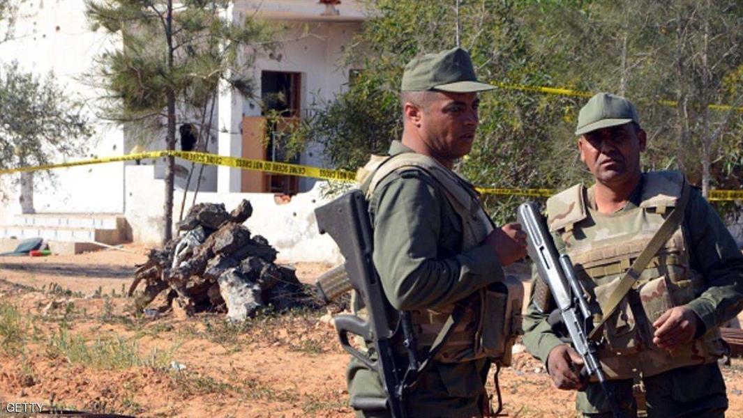 """تونس.. مواجهات بين وحدات أمنية و""""إرهابيين"""" في بن قردان"""