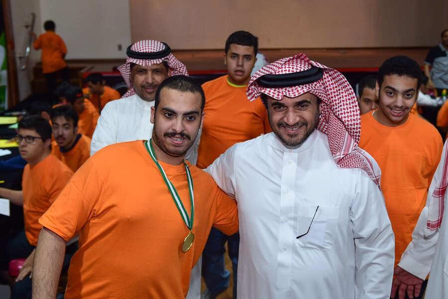 البلطان يفتتح المركز الصيفي لذوي الاحتياجات الخاصة بنادي الشباب