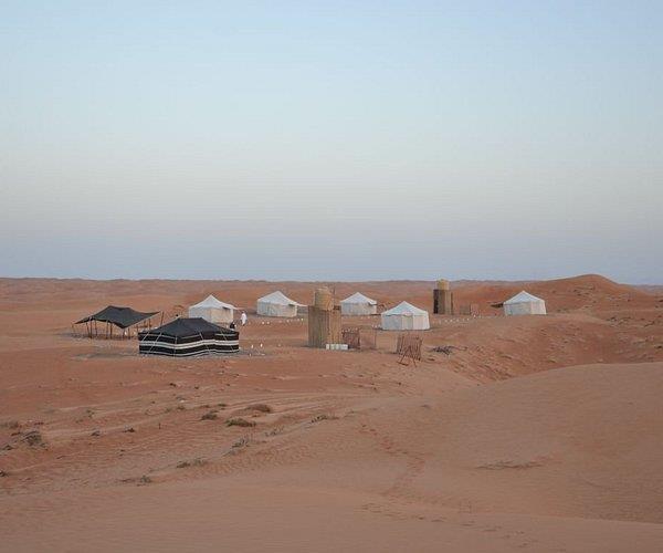 إيقاف وإخلاء أحد المخيمات في المتنزه البري بالدمام لمخالفته الإجراءات الاحترازية