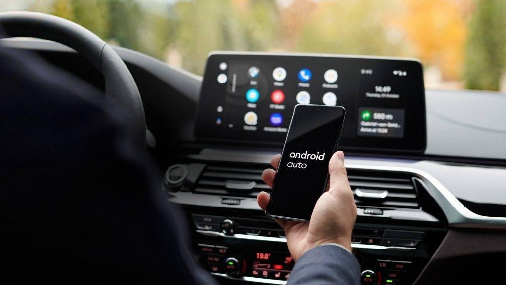 Rimuovi tutti gli accoppiamenti Bluetooth con l'auto