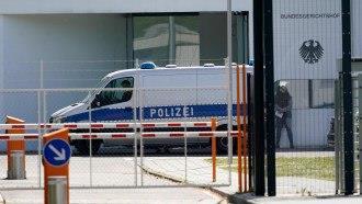 """توقيف طبيب سوري في ألمانيا بتهمة ارتكاب """"جرائم ضد الانسانية"""""""