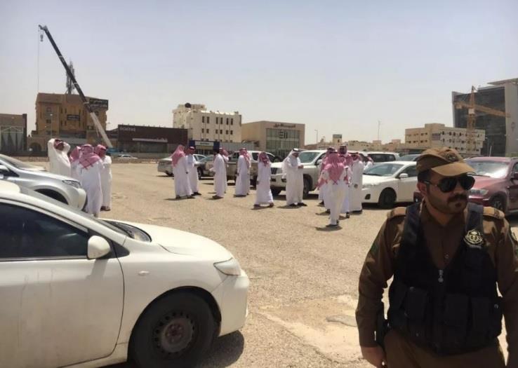 عمل الرياض يضبط 36 وافداً في شقق سكنية خصصوها لصيانة الجوالات