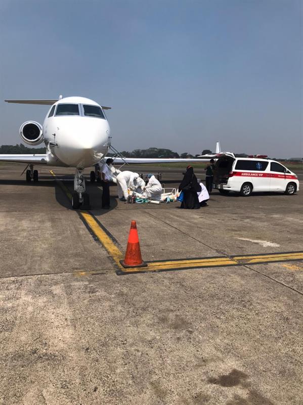السفارة تنقل المواطنين ذوي حالات كورونا الحرجة إلى المملكة عبر طائرة الإجلاء الطبي