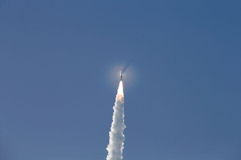 ناسا تطلق المركبة (بيرسيفيرانس) في مهمة للمريخ