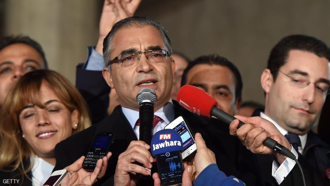 عضو بارز بالحزب الحاكم في تونس يقول إنه سيتركه ويؤسس حزبا جديدا