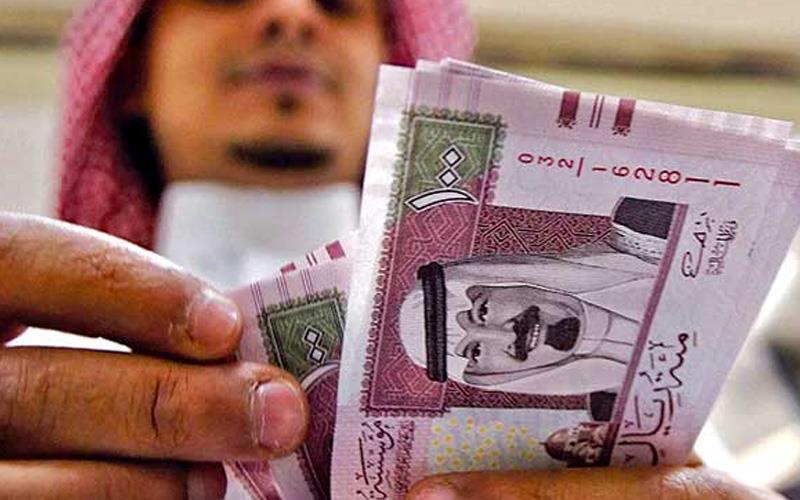 ولي العهد: رغم ألمنا الشديد لإلغاء بدل غلاء المعيشة فإننا حافظنا على الرواتب.. وهدفنا تحسين دخل المواطن