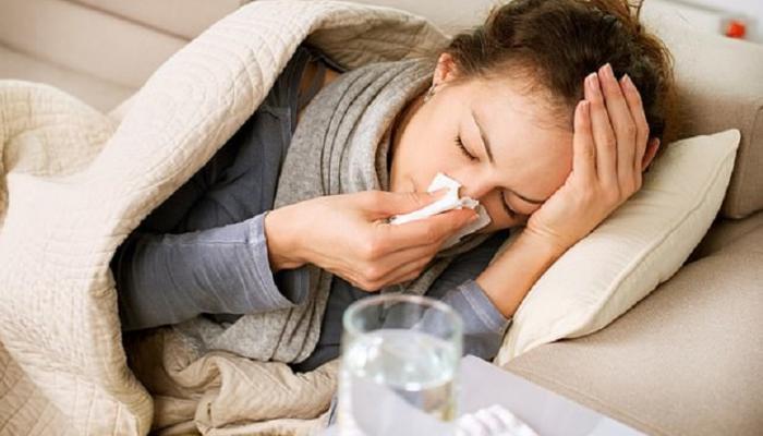 """دراسة حديثة: نزلات البرد قد تقي من الإصابة بـ """"كورونا"""""""