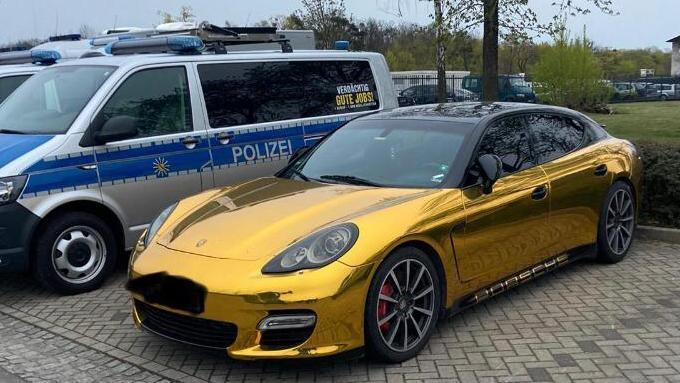 اشتراها بـ 150 ألف يورو .. مالك سيارة بورش ممنوع من قيادتها بسبب لونها في ألمانيا
