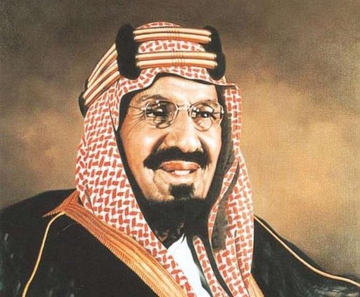 قصة الميكانيكي وساعة المؤسس.. نساء ورجال أجانب يروون ذكرياتهم عن الملك عبدالعزيز والملك سعود