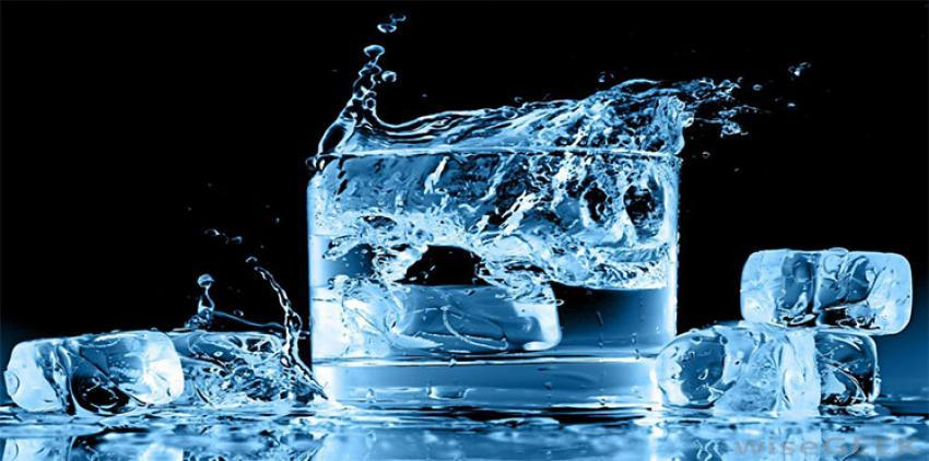 تجنب شرب الماء المثلج