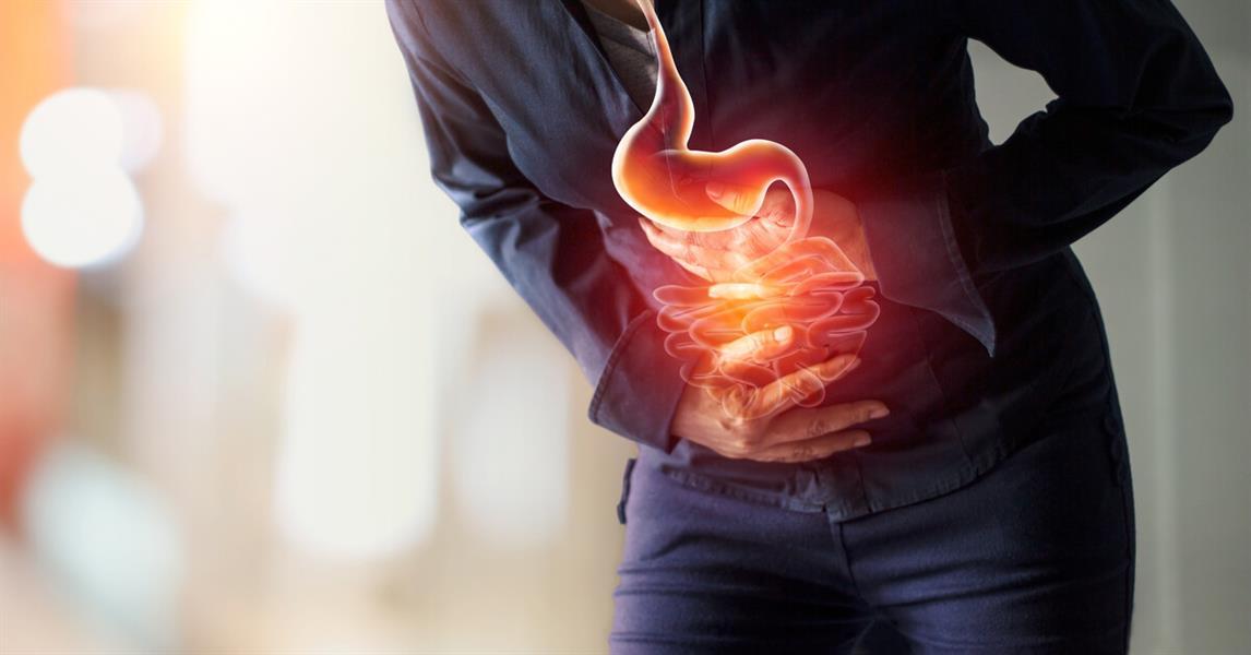 حموضة المعدة أثناء الصيام.. الأسباب وعادات صحية لعلاجها