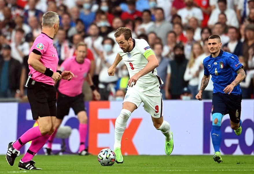 مباراة المنتخب الإنجليزي ونظيره الإيطالي
