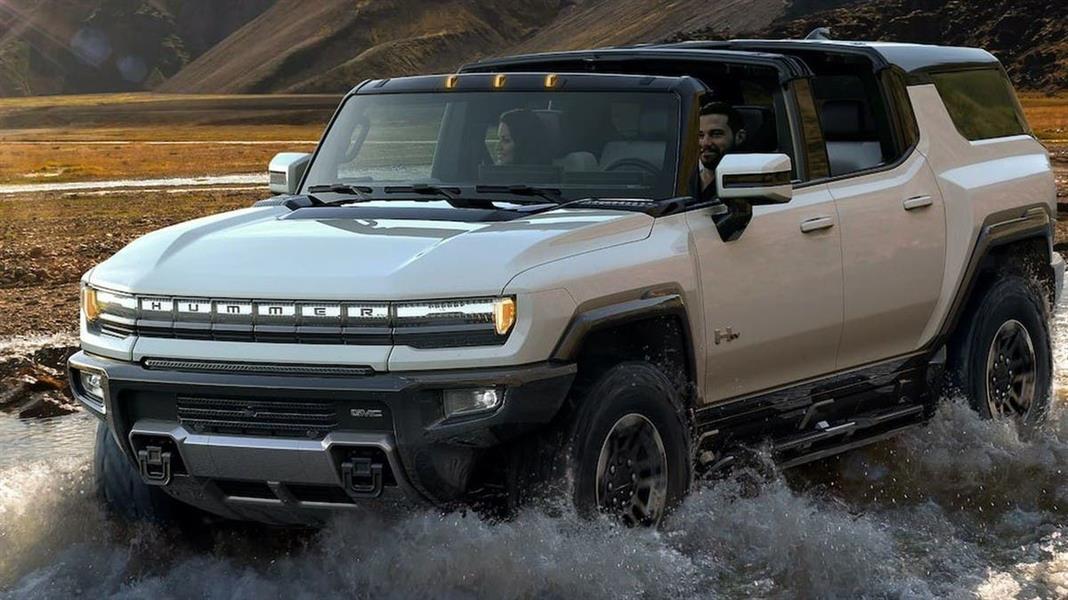 Hummer تكشف عن سيارة الدفع الرباعي الكهربائية الجديدة