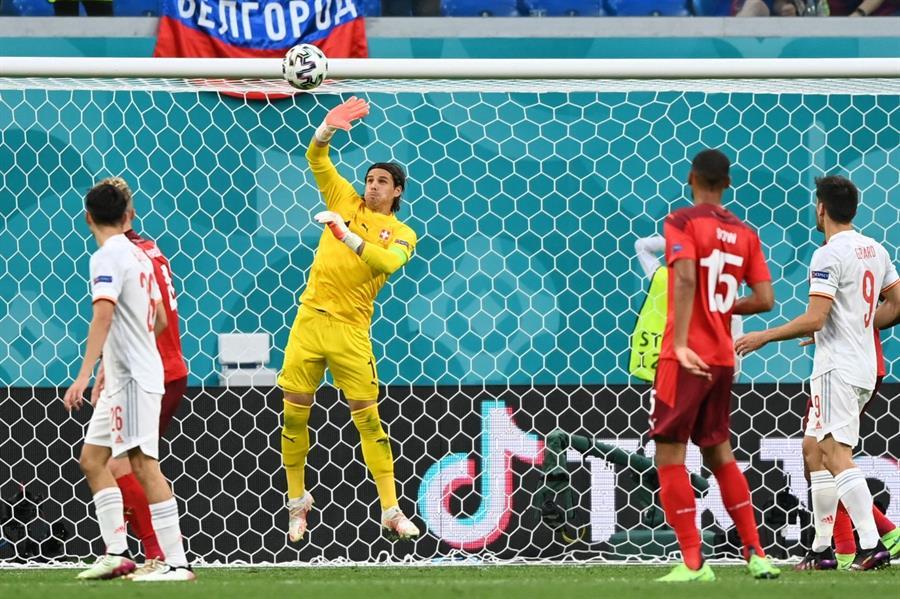 إسبانيا تخطف بطاقة التأهل لنصف نهائي يورو 2020 بصعوبة أمام سويسرا (فيديو وصور)