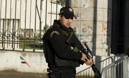 احتجاجات ضد البطالة تجتاح عدة مدن تونسية