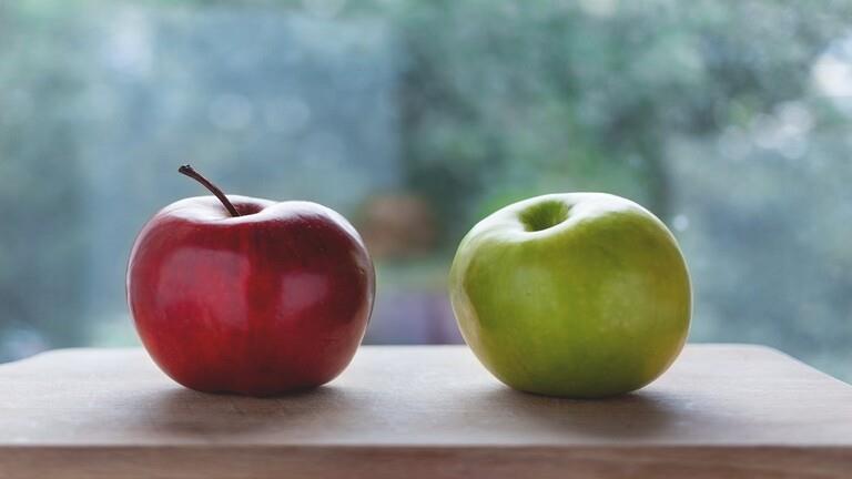 دراسة تكشف أهمية تناول تفاحتين يوميا