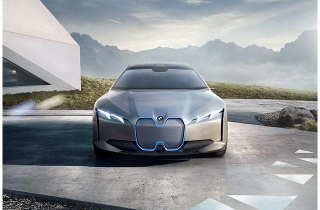"""2- بي إم دبليو آي 4 """"BMW i4"""""""