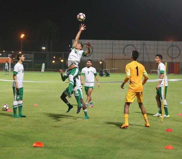 الأخضر الأولمبي يواجه أفغانستان وعينه على التأهل للنهائيات