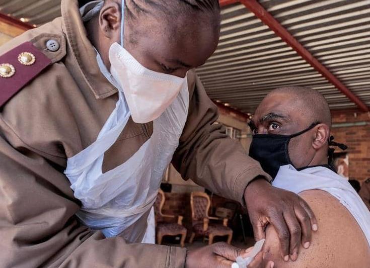 إفريقيا ما زالت بطيئة في التطعيم ضد كورونا
