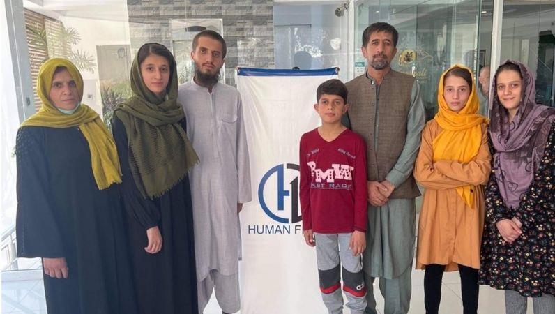 المترجم الأفغاني أمان خليلي وعائلته