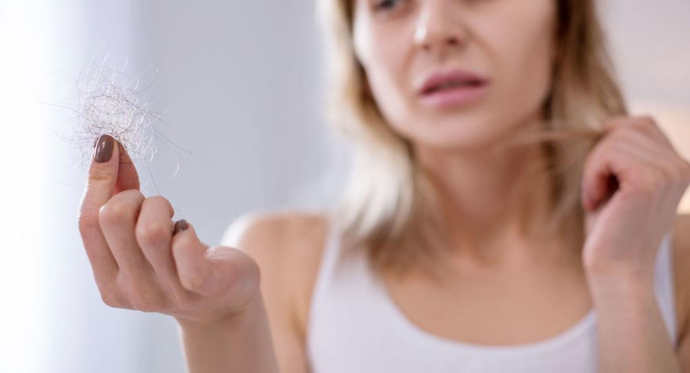 6 أسباب غير متوقعة لتساقط الشعر