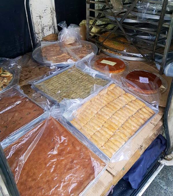 """""""بلديات مكة"""" تصادر مواد غذائية فاسدة وتغلق منشآت غير مرخصة"""