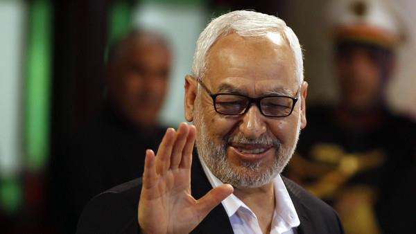 الغنوشي: إخوان مصر فقدوا الحكم بطريقة صبيانية
