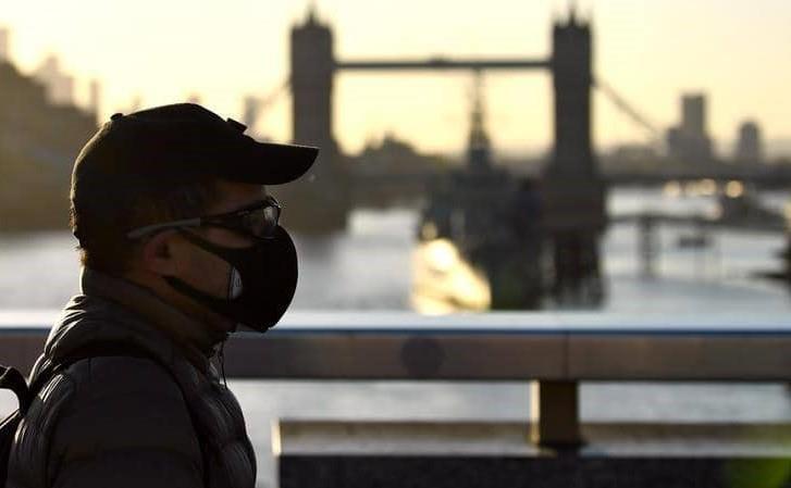 علماء بريطانيون يدعون لانتهاج مناعة القطيع لمواجهة فيروس كورونا