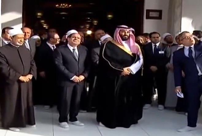 تمت بمنحة سعودية.. ولي العهد والسيسي يتفقدان آخر تجديدات وترميمات الأزهر