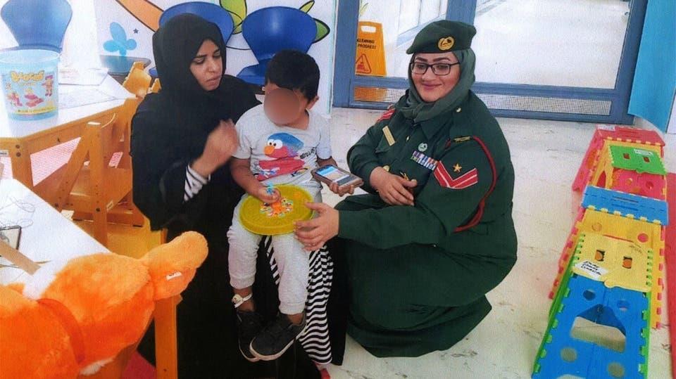 الطفل في رعاية شرطة دبي وشركائها المعنيين