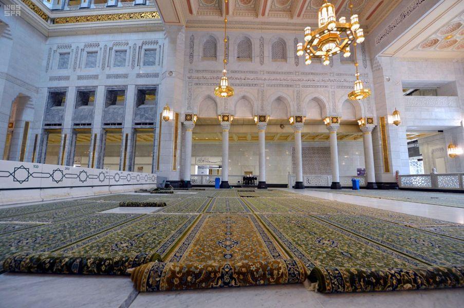 شاهد.. الاستعدادات لشهر رمضان المبارك في الحرمين الشريفين