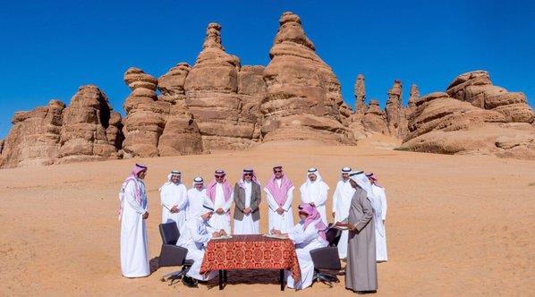 """بالصور.. """"السياحة"""" تبني فندقاً صحراوياً يضم 100 غرفة في محافظة العلا"""