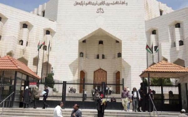 القبض على متورطين في جريمة الزرقاء التي هزّت الأردن.. والادعاء يسند إليهم تهمة الشروع في القتل