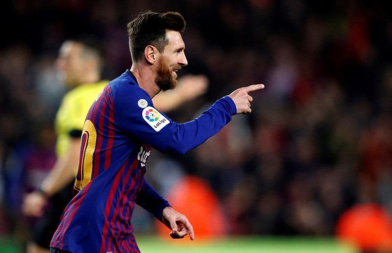 ميسي يقود برشلونة للقب بطل الشتاء