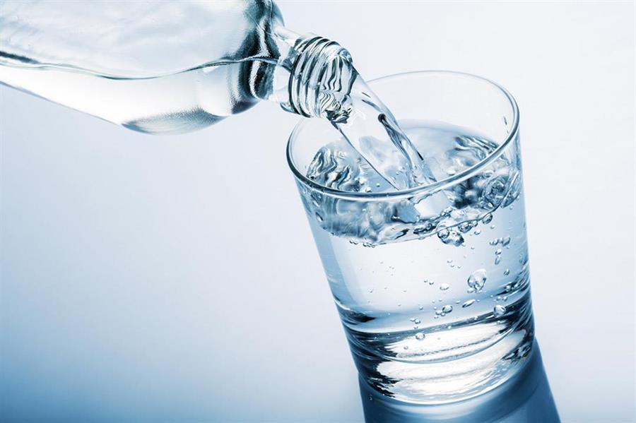 كوب الماء ماذا يعني للصائم c7279afa-214f-4435-8