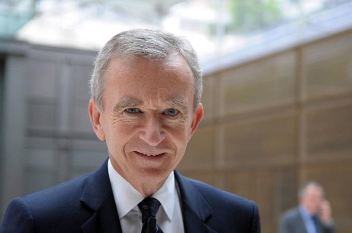 4 - برنارد أرنولت (فرنسي) - 72 مليار دولار.
