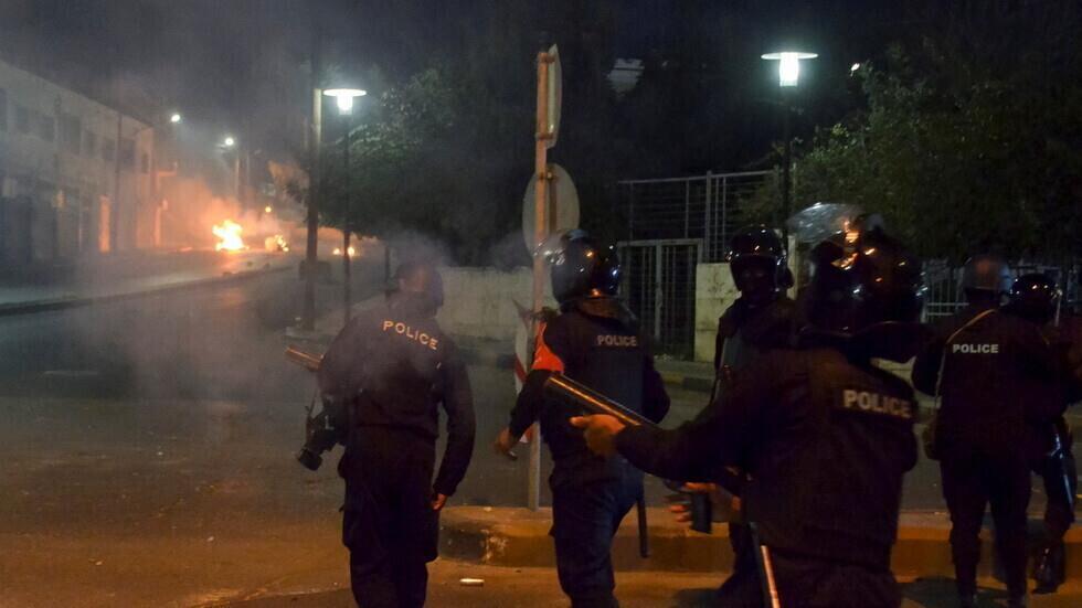 الأردن: اعتداءات مسلحة تصيب عدد من عناصر جهاز الأمن العام