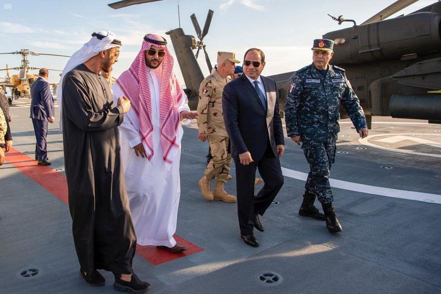 نائب وزير الدفاع يشهد حفل افتتاح قاعدة برنيس العسكرية بمصر