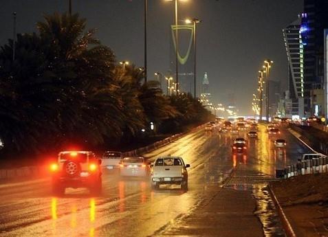 الحصيني: أمطار متفاوتة حتى صباح يوم غد على الرياض وهذه المناطق