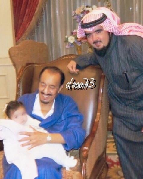أخبار 24 عبدالعزيز بن فهد ينشر صورة تجمع ابنته الجوهرة مع الملك سلمان